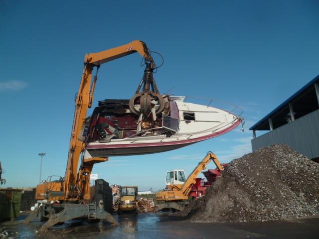destruction bateau J2mc nautisme Marignane