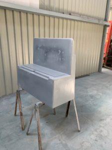 Création d'un banc-coffre en résine